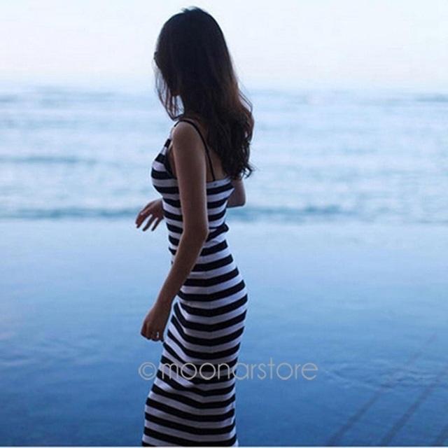 Красивые девушки фото со спины на природе003