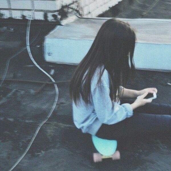 Девушка с сигаретой фото на аву004