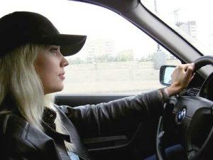 Картинки на аву за рулем блондинка025