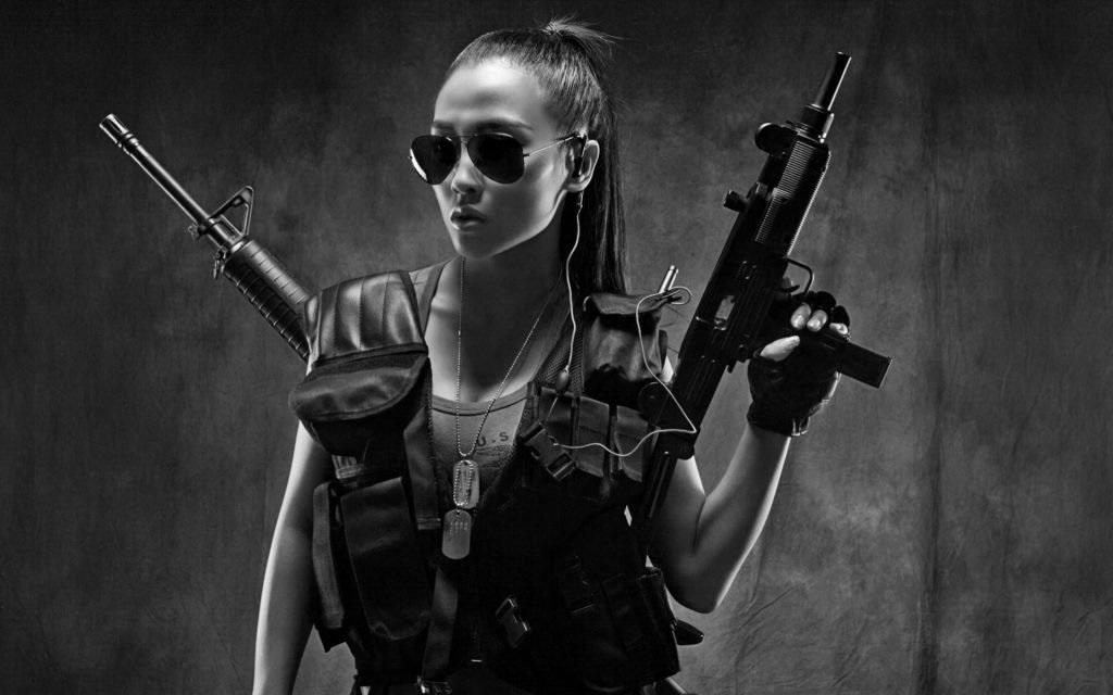 Рисованные картинки девушки из боевиков
