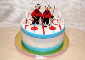 Торт из мастики хоккейный004