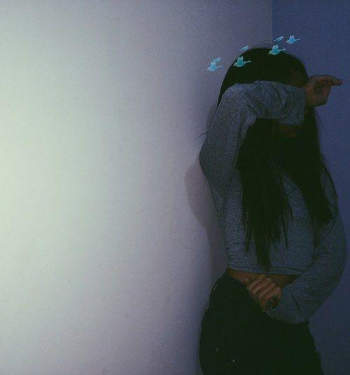Фото девушек в зеркало с телефоном без лица (10)