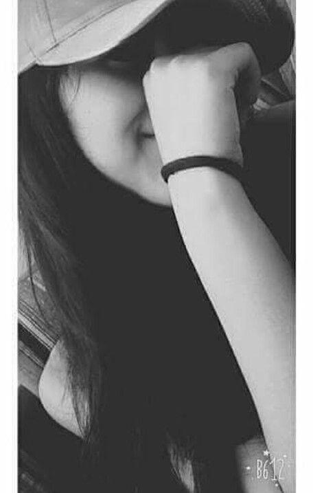 Фото девушек в зеркало с телефоном без лица (8)