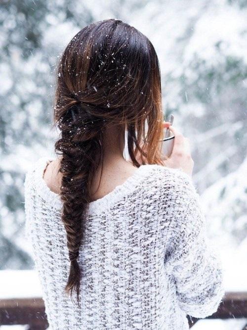 Фото девушка со спины на аву006
