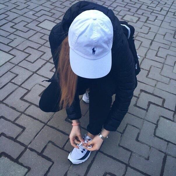 Фото молодежные на аву для девушек010