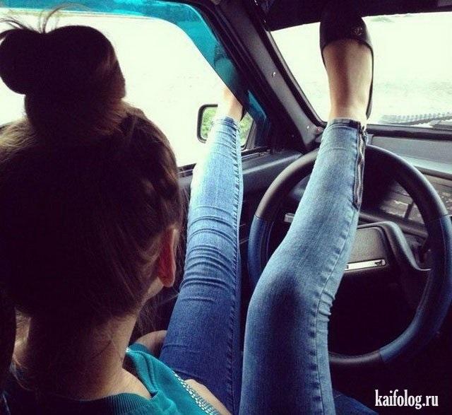 Фото на аву за рулем девушка006