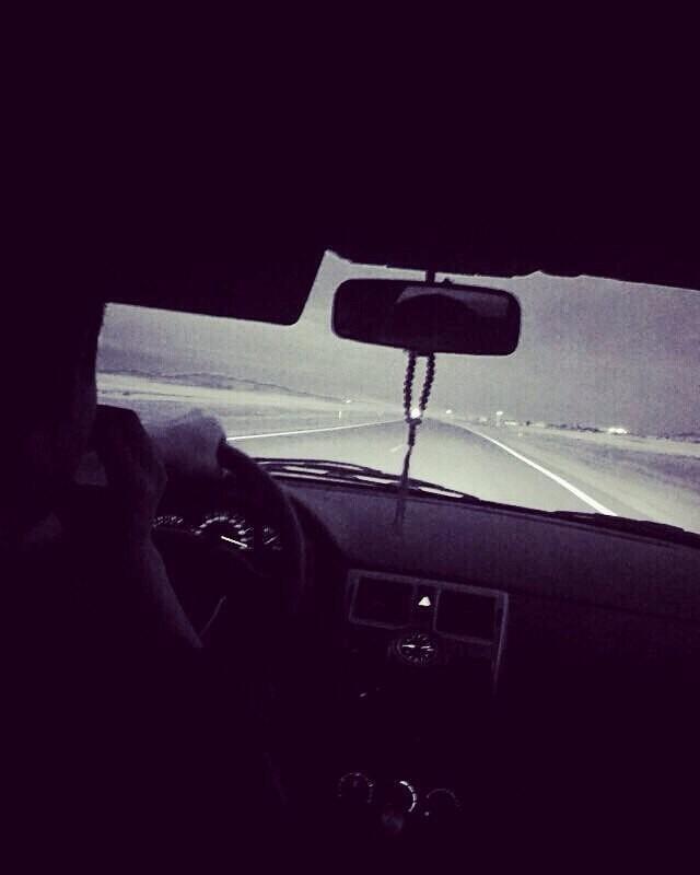 Фото на аву за рулем девушка019