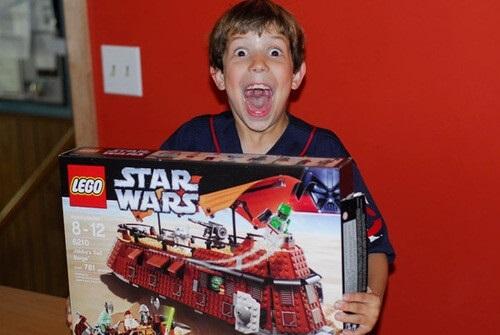 Что подарить мальчику на 11 лет   фото идеи 011