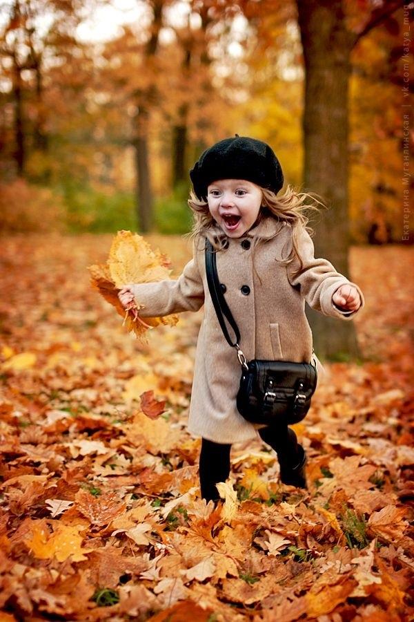 красивые картинки про осень с детьми 004