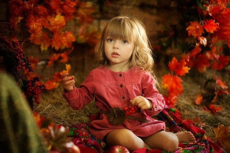 красивые картинки про осень с детьми 008