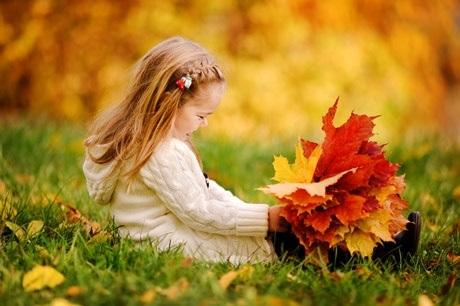 красивые картинки про осень с детьми 017