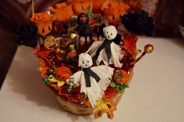 Букеты из конфет на хэллоуин 011