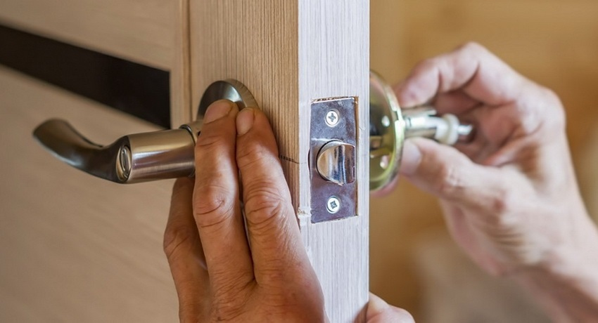Картинка замок на дверь 007