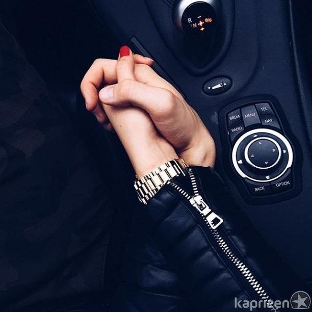 красивые картинки держаться за руки в машине влез без