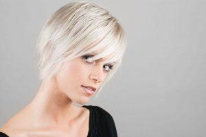 Красивые фото блондинки с короткой стрижкой 010