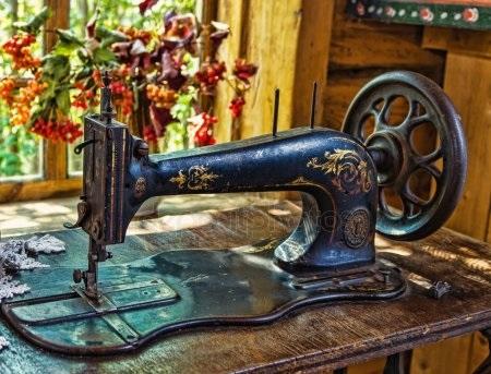 Красивый рисунок швейной машинки 014