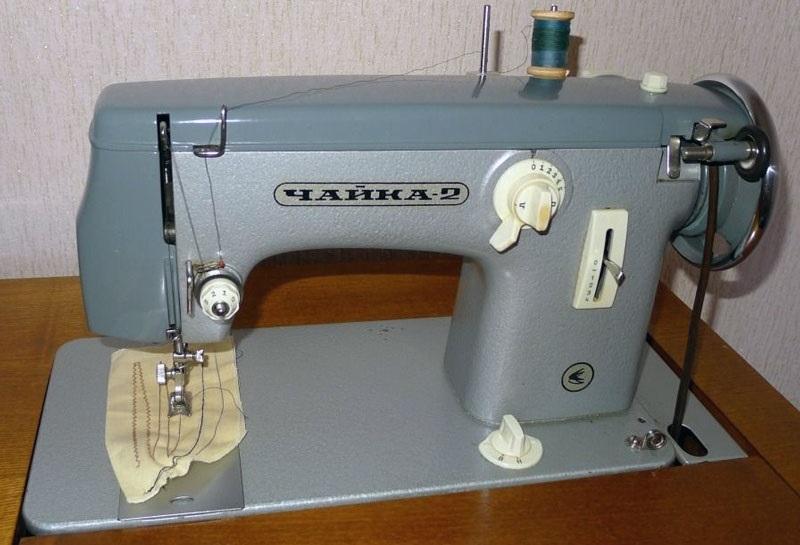 Красивый рисунок швейной машинки 019