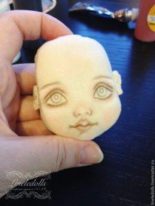 Рисуем лицо текстильной кукле 018
