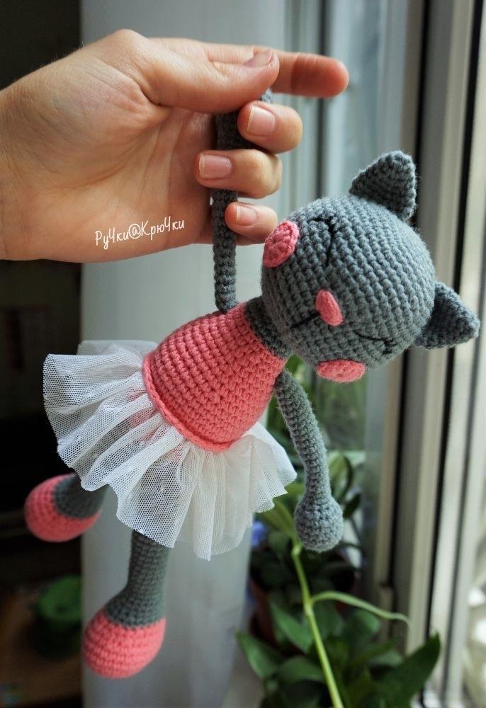 Своими руками вязаная кошка крючком 018