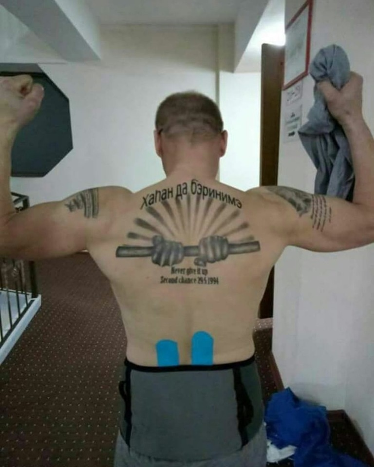 Спортивные тату для спортсмена 021