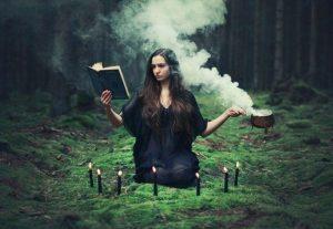 Фотосессия ведьма в лесу 003