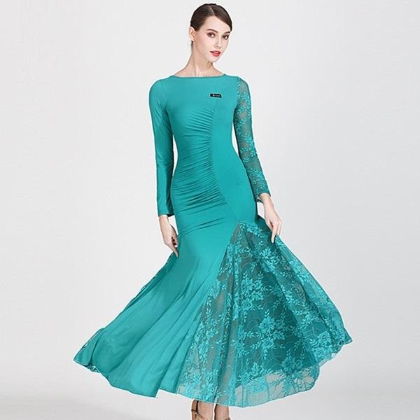 Фото бальных платьев для танцев 010