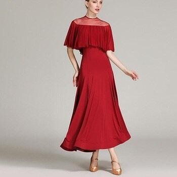 Фото бальных платьев для танцев 022