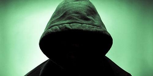 Фото человека в капюшоне без лица 013