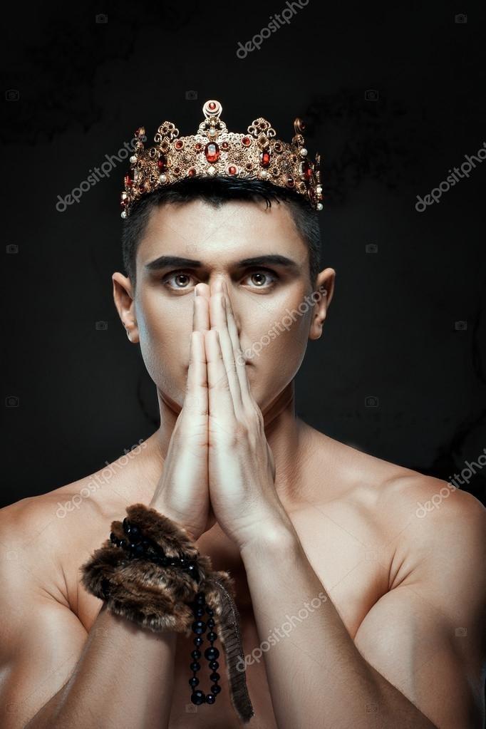 картинки с короной на голове 016