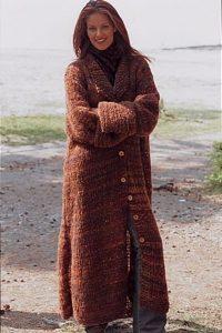 спицами вязаное пальто для полных женщин 009