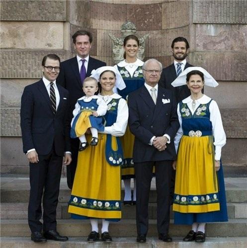 шведский национальный костюм 014