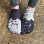 Вязаные детские носки с рисунком — подборка (21 фото)
