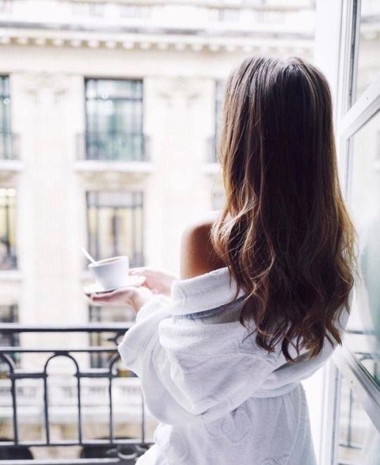 Картинки девушка утром с кофе 009
