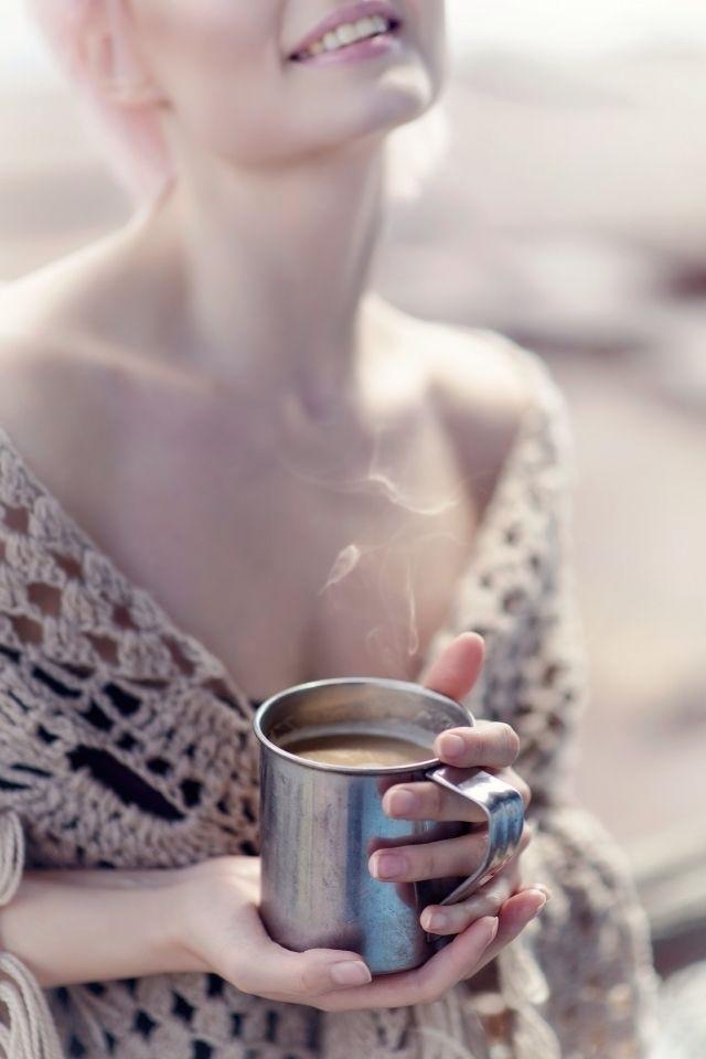Картинки девушка утром с кофе 013