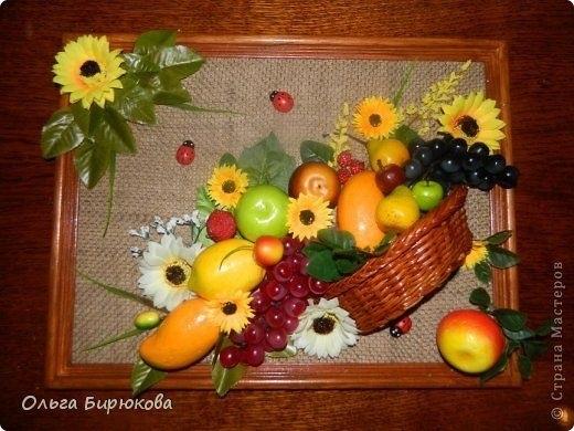 Картины своими руками из искусственных фруктов и цветов 012