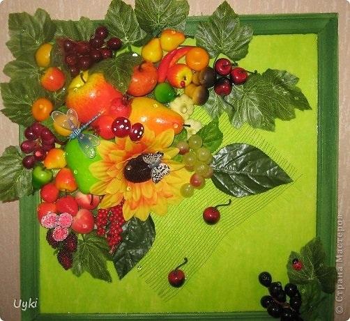 Картины своими руками из искусственных фруктов и цветов 020