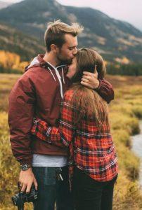 Романтическая пара парень и девушка 014