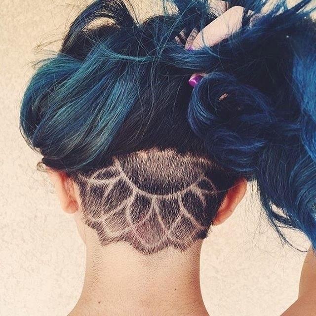 Узоры на женских волосах 025