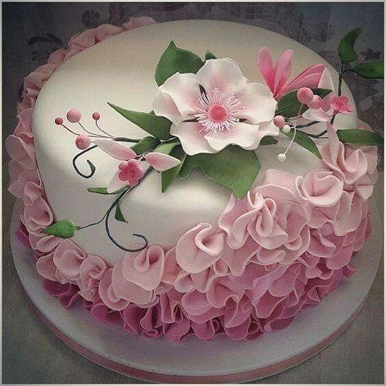 Beautiful cakes 18 21 009