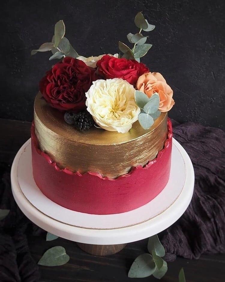 Beautiful cakes 18 21 015