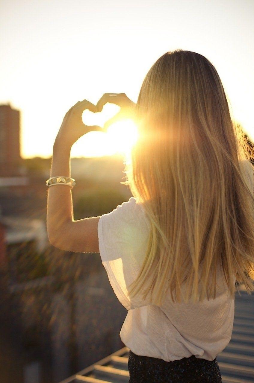 Блондинки с короткими волосами со спины на аватарку картинки002