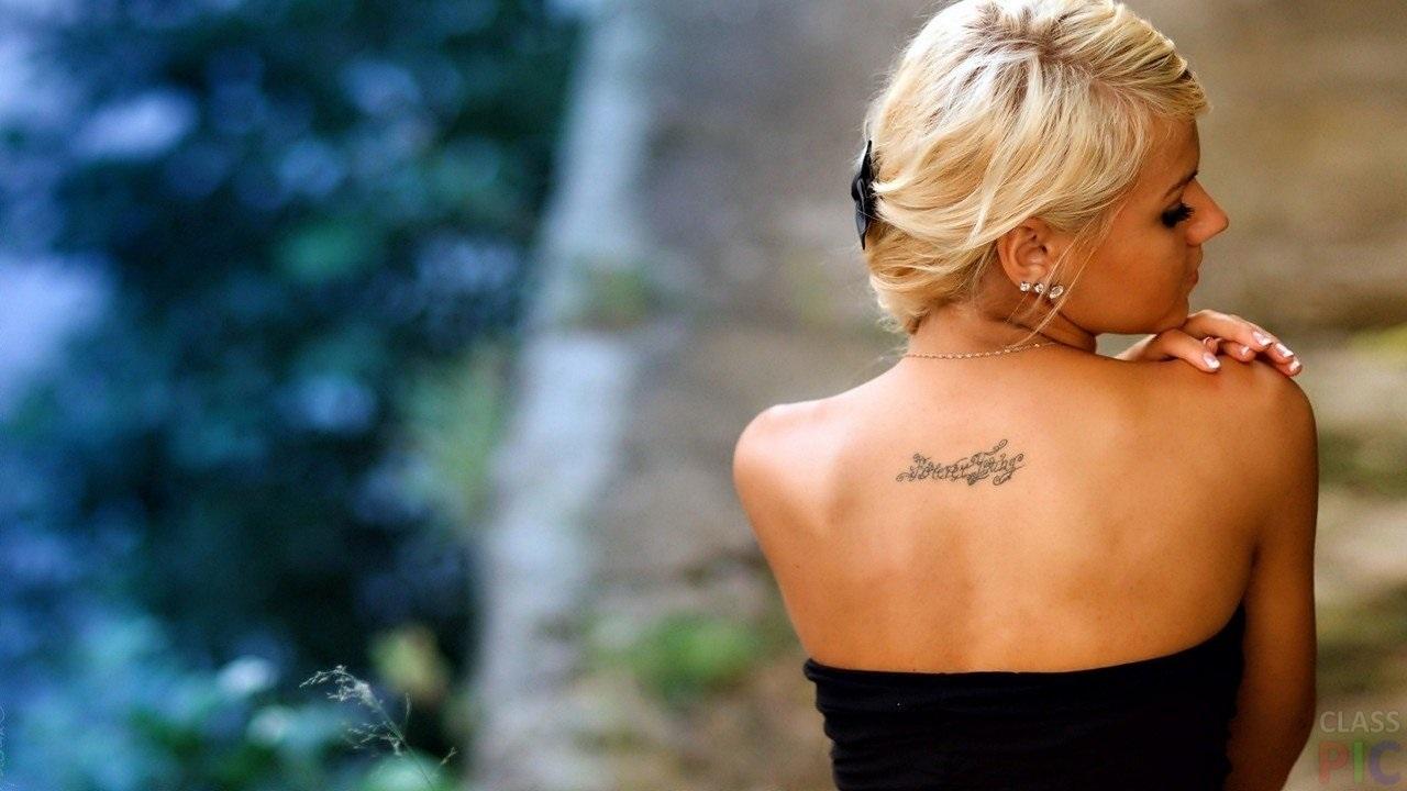 Блондинки с короткими волосами со спины на аватарку картинки010