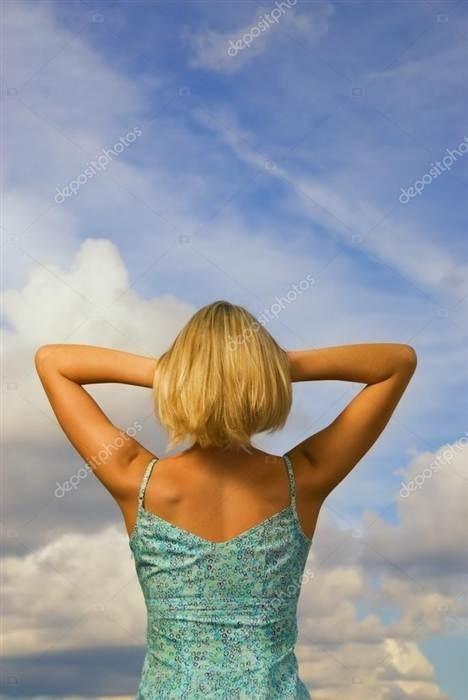 Блондинки с короткими волосами со спины на аватарку картинки013