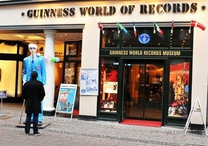 Всемирный день книги рекордов Гиннесса (Guinness World Records Day) 022