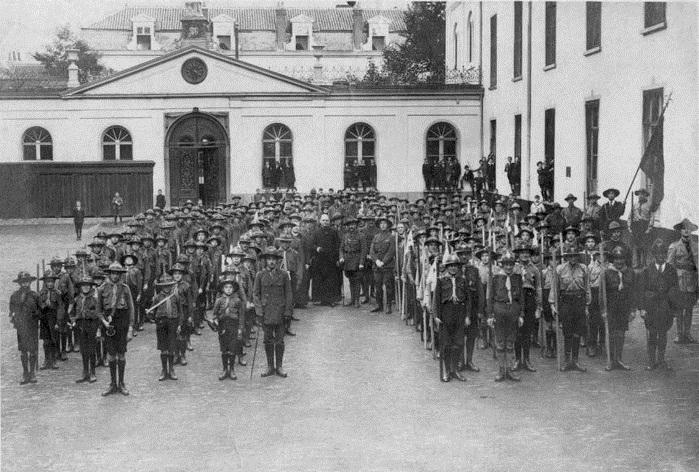 В Англии организован первый скаутский отряд (1907) 003