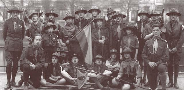 В Англии организован первый скаутский отряд (1907) 020