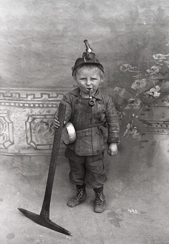 В России объявлено о введении 7 часового рабочего дня (1929) 004
