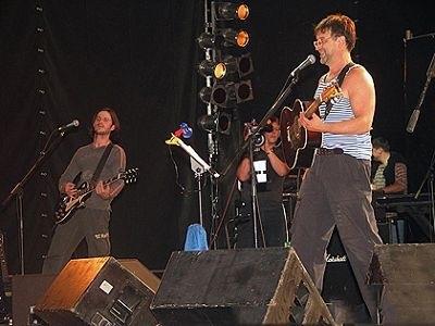 В ленинградском рок клубе дебютировала группа «ДДТ» (1987) 013