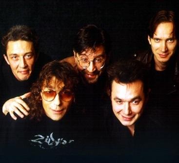 В ленинградском рок клубе дебютировала группа «ДДТ» (1987) 014