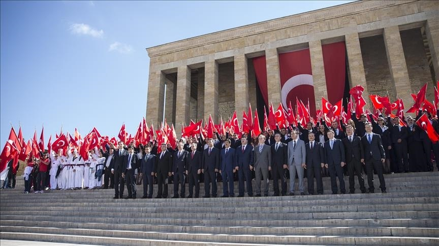 День памяти Ататюрка (Турция) 010